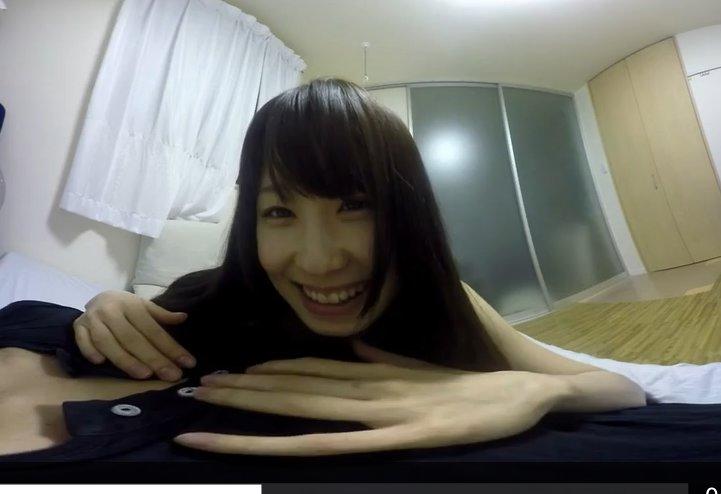 免費線上成人影片,免費線上A片,日本VR成人 女友好黏人,一進房間就趴在你身上